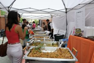 Hot buffet at the Embassy of Trinidad and Tobago - Passport DC | (c) L. Girma